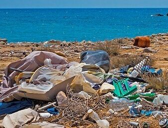 Why is there so much rubbish on the beaches?